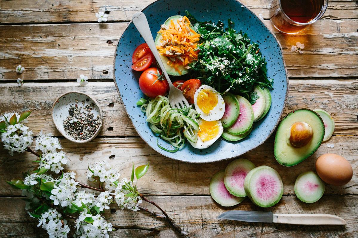 Detox Ernährung bedeutet: Viel Gemüse und nährstoffreiche Kost