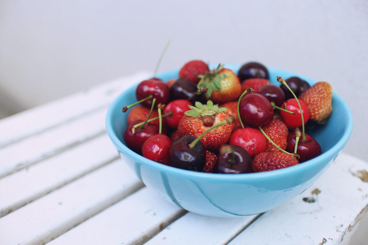 Obst und Gemüse enthalten wichtige Nährstoffe für unseren Körper