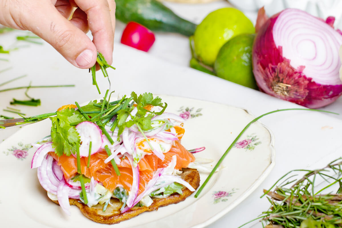 Fisch, Kräuter und gesunde Fette