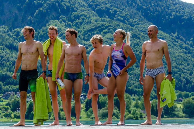 Pause beim Schwimmtraining in Fuschl am See.
