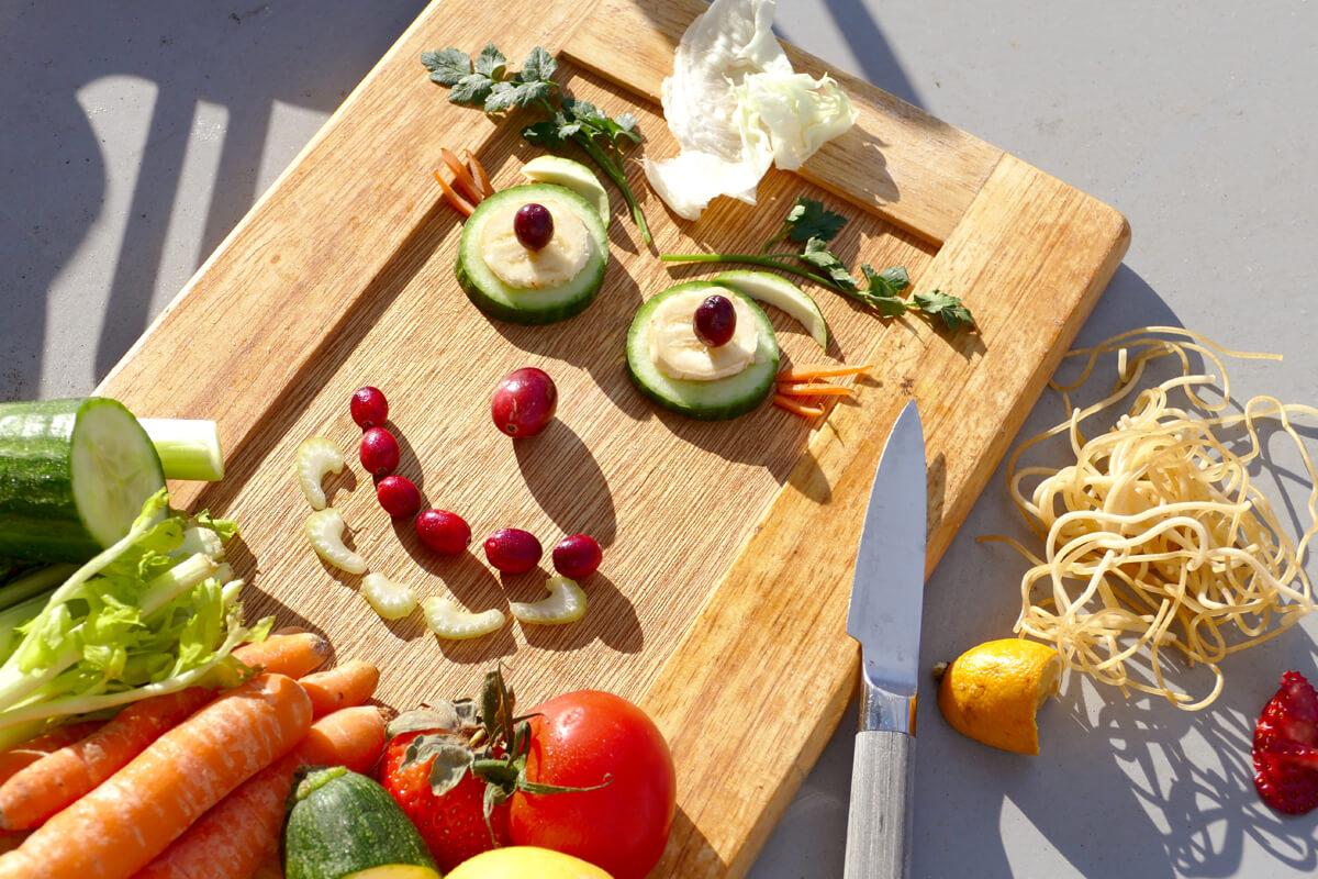 Obst und Gemüse liefern wichtige Ballaststoffe für den Darm