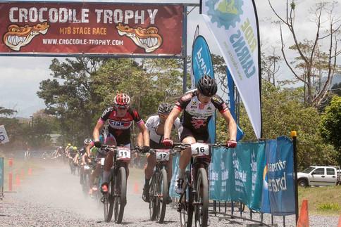 Die Crocodile Trophy in Australien fordert den Mountainbikern einiges ab, darunter Manuel Pliem