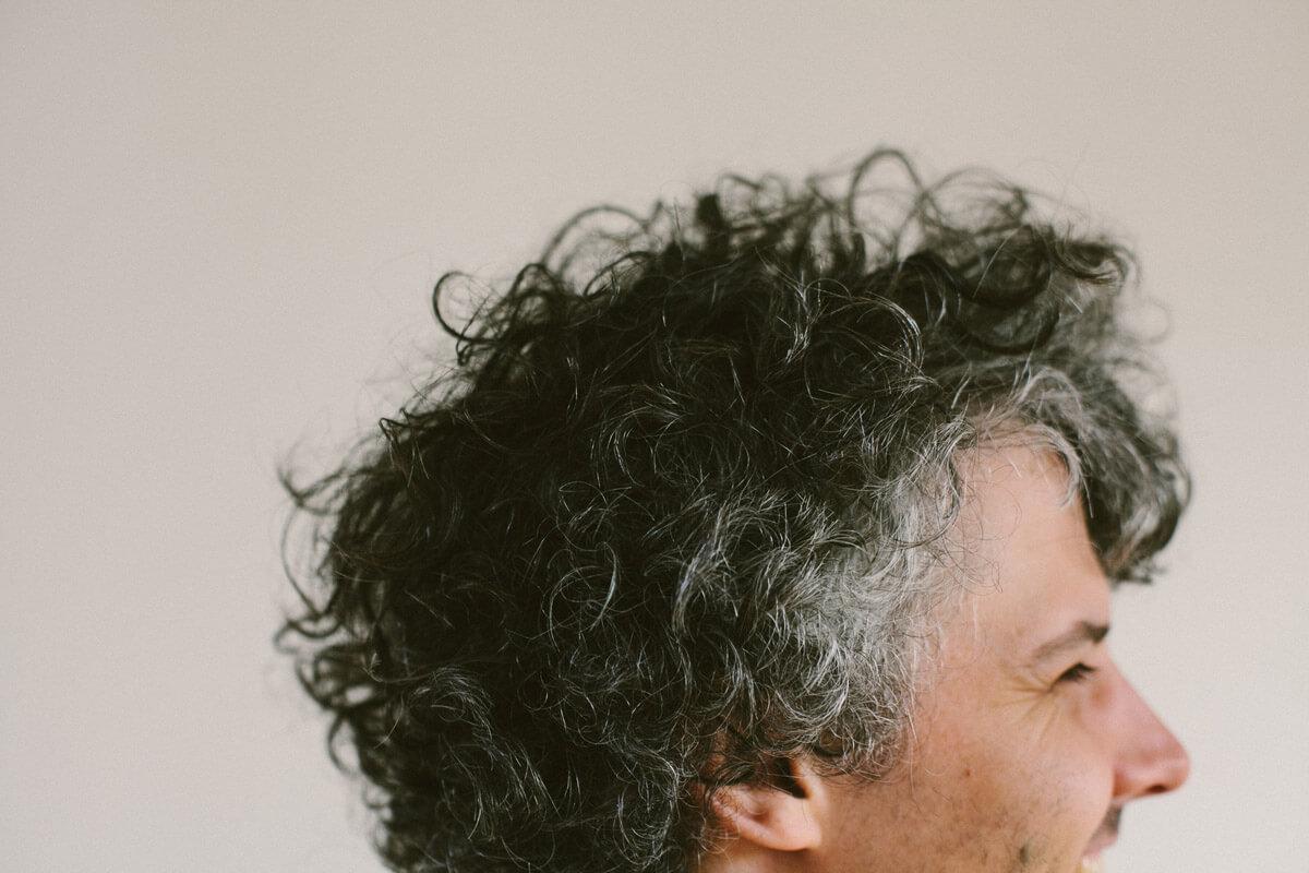 Graue Haare sind kein Grund für Trübsal