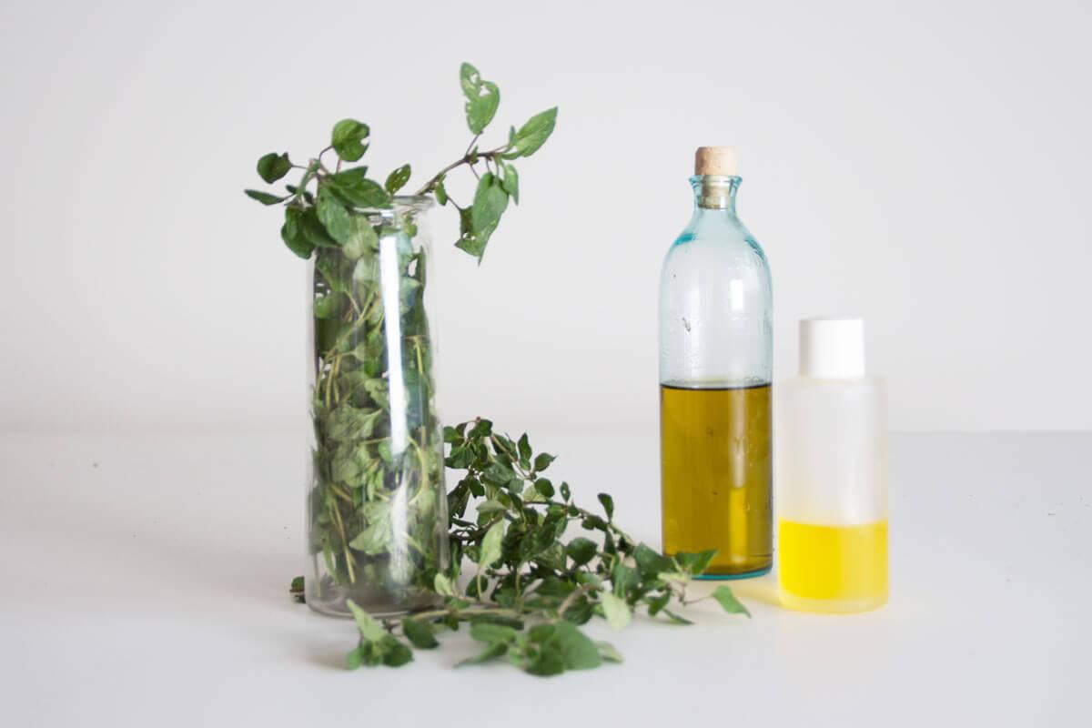 Minze, Jojoba- und Olivenöl sind die Haupzutaten