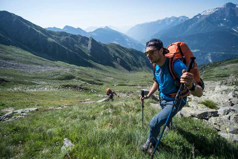 Bei den Red Bull X Alps heißt es nicht nur Paragleiten, sondern auch Wandern.