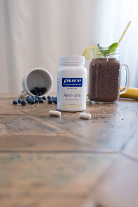 Der Heidelbeer-Smoothie mit dem Plus an All-in-one von Pure Encapsulations ist ideal für den Schwung am Morgen.